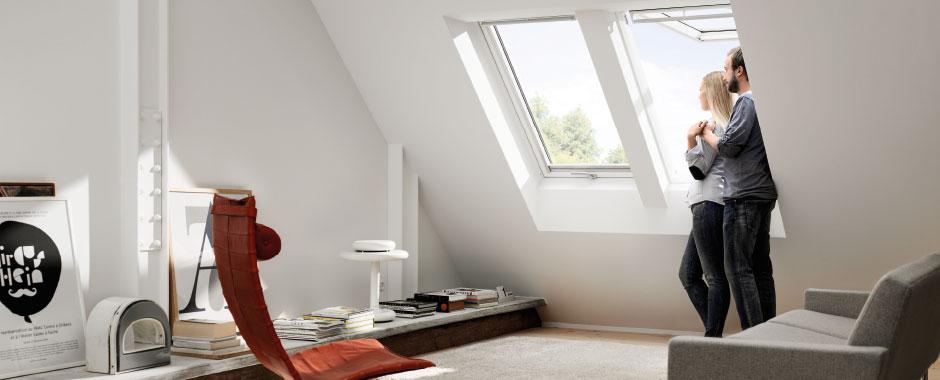 Velux finestre per tetti manuali a doppia apertura for Finestre velux manuali