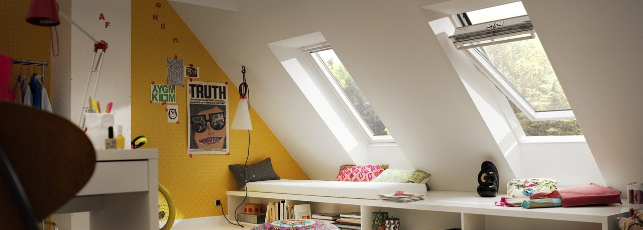 Velux finestre per tetti manuali con apertura dall 39 alto for Finestre shop